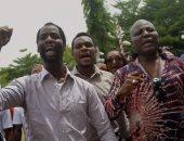 حزب المعارضة الرئيسى بنيجيريا يعلق حملته الانتخابية احتجاجا على وقف قاض