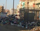القمامة تحاصر أهالى ترعة المسلمية بالزقازيق.. وقارئ يطالب بمحاسبة المسئولين