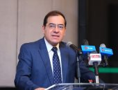 وزير البترول يوقع اتفاق شراء مبادلة الإماراتية 10% من حصة إينى بحقل ظهر