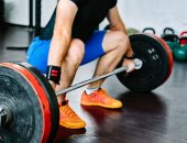 لهذه الأسباب.. ممارسة رياضة رفع الأثقال تسبب مشاكل للعظام