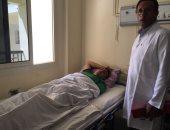 وصول مصاب فلسطينى برصاص الاحتلال لمستشفى العريش العام