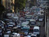 زحام مرورى بشارع الثورة فى مصر الجديدة إثر حادث تصادم سيارتين
