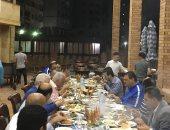 """""""عزومة سمك"""" تنهى أزمة مرتضى منصور وفرج عامر على شط الإسكندرية.. صور"""