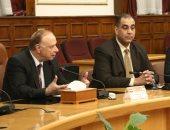 محافظ القاهرة يلتقى اتحاد الشاغلين لمنطقة البورصة لاستكمال التطوير