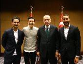 ماتيوس لاعب ألمانيا السابق يشن هجوما حادا على أوزيل بسبب صوره مع أردوغان