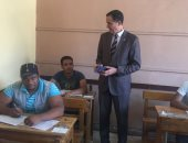 نائب وزير التعليم يتفقد لجان امتحانات الدبلومات الفنية بمحافظة القاهرة