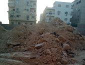 قارئ يطالب بتنظيف شارع منشية التحرير بحلمية الزيتون من مخلفات البناء