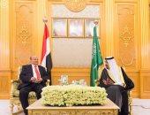 خادم الحرمين الشريفين وولى العهد يهنئان رئيس اليمن بمناسبة العيد الوطنى