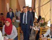 رئيس جامعة بنها يطمئن على انتظام سير امتحانات كلية الحقوق