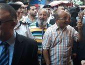مدير أمن الإسكندرية يتفقد سوق المنشية لمتابعة الأسعار