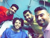 حتى لا تبتر قدمه اليمنى.. أسرة الشاب محمد مهدى تناشد علاجه فى الخارج