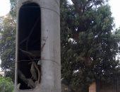 صور.. قارئ يحذر من كابلات عارية بأعمدة الكهرباء فى البطل أحمد عبد العزيز