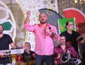 محمود العسيلى: عمرو دياب أسطورة الغناء فى مصر