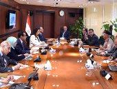 رئيس الوزراء يتابع سير العمل بالحى الحكومى بالعاصمة الإدارية الجديدة