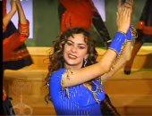 فيديو.. فوازير رمضان.. نادين تقدم تتر نهاية «مانستغناش»