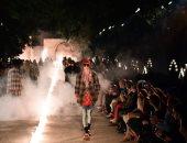 إطلالات رجالية ونسائية مميزة فى عرض أزياء مجموعة كروز 2019 بفرنسا