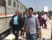 """مناشدة بإنشاء مزلقان إلكترونى بالمعصرة شرق فى المنيا: """" لا توجد وسيلة تنبيه لمرور القطار"""""""