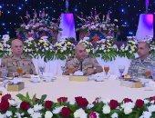 المتحدث العسكرى ينشر فيديو إفطار القائد العام مع القوات الجوية ومقاتلى الهيئة الهندسية