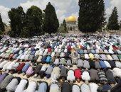 45 ألف فلسطينى يؤدون صلاة الجمعة فى الأقصى رغم إجراءات الاحتلال الإسرائيلى