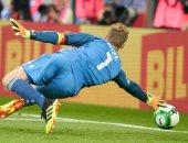 عودة نوير.. الأخطبوط يمارس هوايته فى أول مبارياته بعد الإصابة