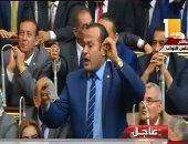 نائب يقاطع الرئيس السيسى وينشد قصيدة تشيد بجهوده لإنقاذ الوطن