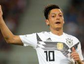 كأس العالم 2018 .. الصحافة الألمانية تدافع عن أوزيل