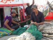 الدولة تدعم الصيادين والإهمال يحرمهم.. 4 آلاف كرتونة غذائية معرضة للتلف بالسويس