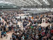 صور.. فوضى وتوقف الحركة فى مطار هامبورج بألمانيا بسبب انقطاع الكهرباء
