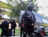 مقتل وإصابة 5 أشخاص فى هجوم لمسلحين على طائرة إندونيسية