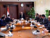 رئيس الوزراء يستعرض تقريراً حول مشاركة مصر بالدورة 107 لمؤتمر العمل الدولى - صور
