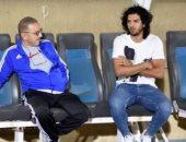 صور.. عمرو بركات فى تدريب المقاصة لدعوة زملائه لحفل زفافه
