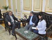 محافظ الجيزة يستقبل سفير أوروجواى لتوقيع اتفاقية لتبادل الخبرات