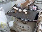 أمن القاهرة يداهم مصنع لإنتاج الحلويات من مواد مجهولة المصدر بباب الشعرية