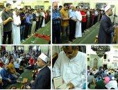 أجواء إيمانية وخشوع فى صلاة التراويح بمسجد مصطفى محمود