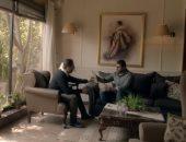 حسام فارس يخبر خالد سليم بسر ذهابه لرؤية ابنه فى رسايل بالحلقة 21