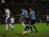 أوروجواي ضد بيرو .. شوط أول سلبي بين المنتخبين