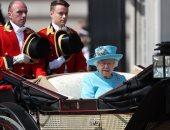 سجن 13 من حراس الملكة إليزابيث بعد حضورهم حفل وخرقهم قواعد الإغلاق