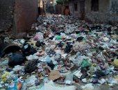 القمامة تحاصر الوحدة الصحية بمنطقة الورش بالزقازيق