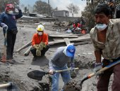صور.. استمرار البحث عن عشرات المفقودين بموقع انفجار بركان جواتيمالا