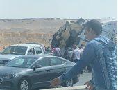 مصرع تلميذة وإصابة 7 آخرين فى انقلاب سيارة على طريق بورسعيد - الإسماعيلية