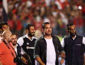 """فيديو وصور.. """"سليم الأنصارى"""" يؤازر لاعبى المنتخب باستاد القاهرة: رجالة محدش يقدر عليهم"""""""