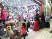 إقبال كثيف على شراء ملابس العيد فى وسط البلد