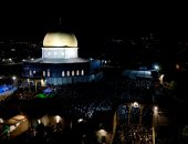 صور.. 350 ألف مصل يحيون ليلة القدر فى المسجد الأقصى