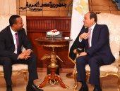 ننشر صور لقاء الرئيس السيسى مع رئيس وزراء إثيوبيا لتوديعه بمطار القاهرة