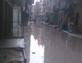 مياه الصرف تغرق شوارع الزوايدة فى الإسكندرية والأهالى يطلبون بصيانة الشبكة