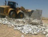 محافظ أسوان يتابع إزالة 17 حالة تعدى بإدفو بنجع هلال والنزل (صور)