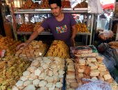 صور.. مسلمو العالم يستعدون لاستقبال عيد الفطر