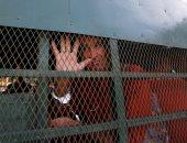 صور.. بدء محاكمة مخرج أسترالى فى كمبوديا بتهمة التجسس