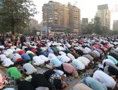 المصلون يكسون ميدان مصطفى محمود فى صلاة عيد الفطر