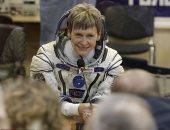 """رائدة فضاء ناسا """"بيجى وايتسون"""" تعلن تقاعدها بعد تحطيمها للأرقام القياسية"""